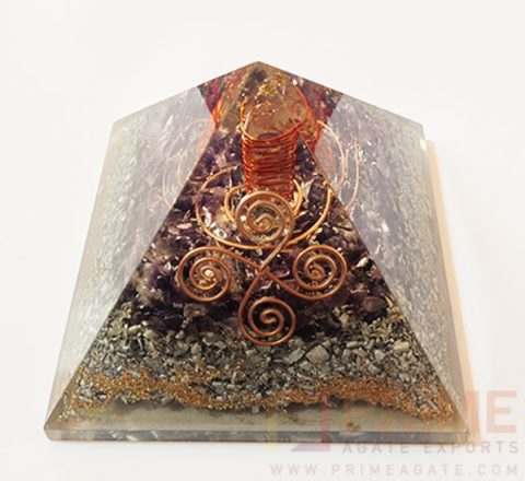 AmethystAluminiumLayerOrgoneVastuPyramid-WithCrystalPoint