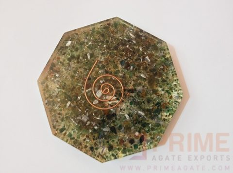 GreenMicaOrgoneOctagon-VastuPlate