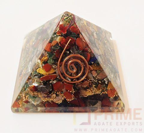 MixChakraStonesOrgonePyramid-WithReikiSymbol