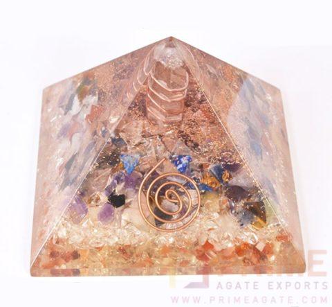 MixStonesOrgonePyramid-WithCrystalPoint
