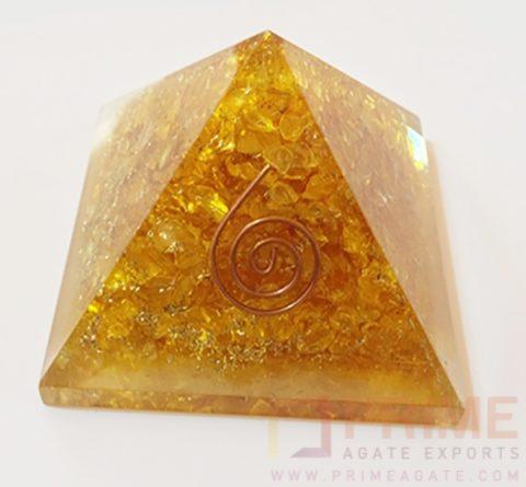 Yellow(onyx)Orgone-pyramidWithReikiSymbol