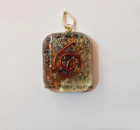 ChakrastonesOrgoneSquare-pendant