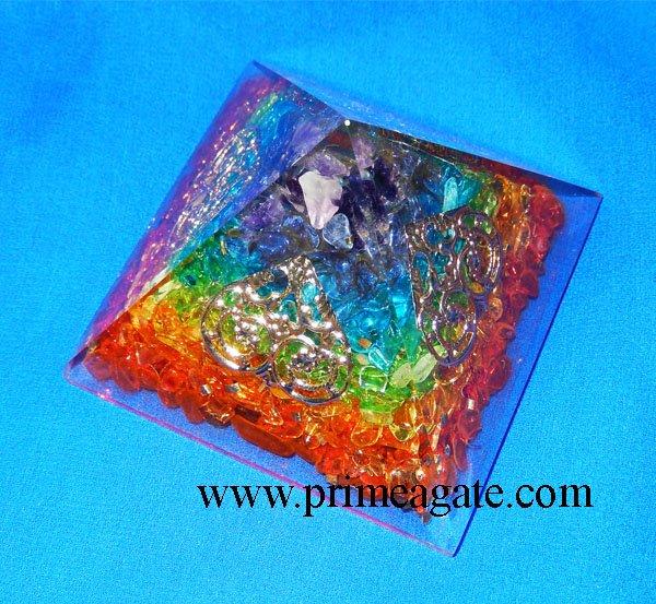 Chakra-Onyx-Orgonite-Pyramid-With-4SIDED-Tree-Of-Life