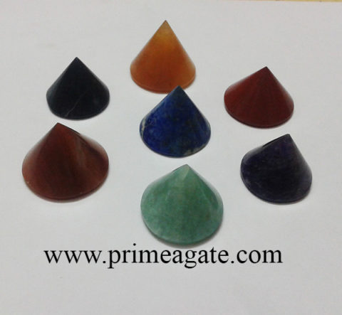 ChakraStones-Conical-Pyramid-Set