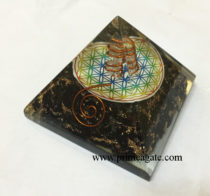 Black-Tourmaline-Chakra-Flower-Of-Life-Orgone-Pyramid-With-Crystal-Point
