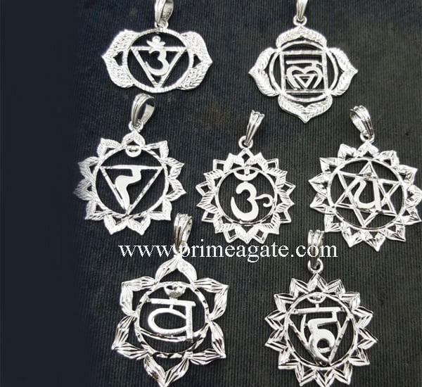 Chakra-Metal-Mandala-Diamond-Cut-Set