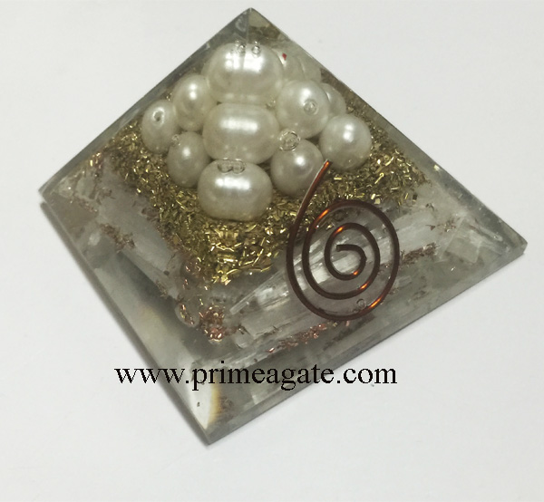 Selenite-Orgone-Pyramid-With-White-Synthetic-Balls