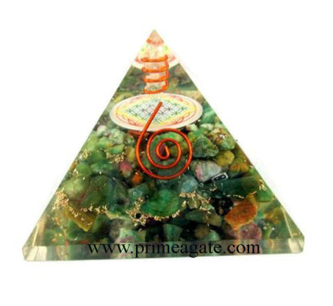 Orgone-Ruby-Fuchsite-Pyramid-With-Chakra-Flower-Of-Life