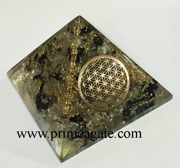 orgonite-crystal-quartz-black-tourmaline-metal-flower-of-life-pyramid