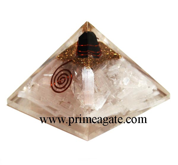 orgonite-selenite-pyramid-with-black-tourmaline-charge-point