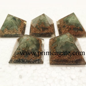 Green-Aventurine-Copper-Layer-Orgone-Baby-Pyramid