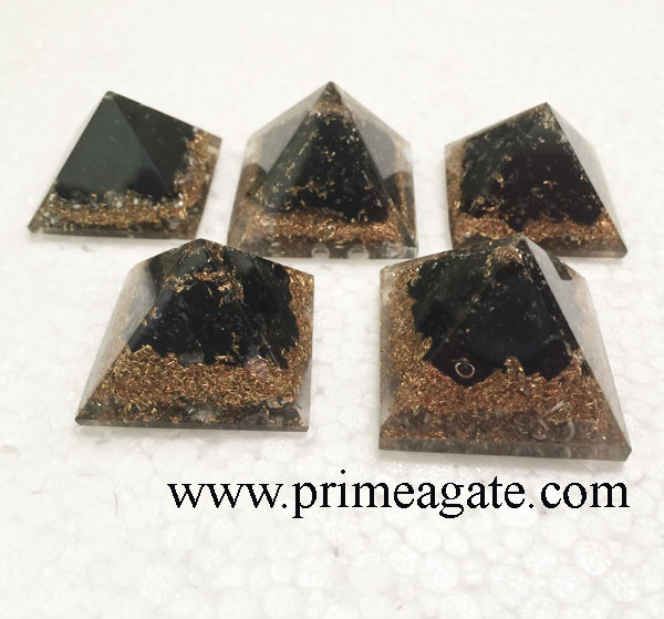 Orgone-Black-Tourmaline-Copper-layer-Baby-Pyramid