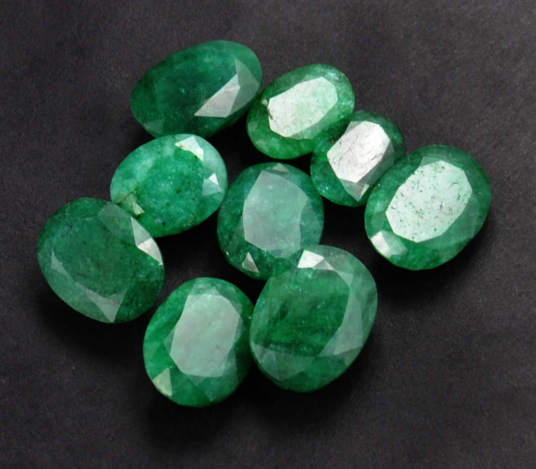emerald info quartz jewelry properties cabochon value round shaped meaning stones gemstone education stone