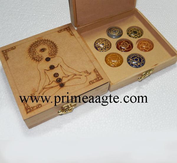 Chakra-Engraved-buddha-Box-With-Chakra-Disc-Set