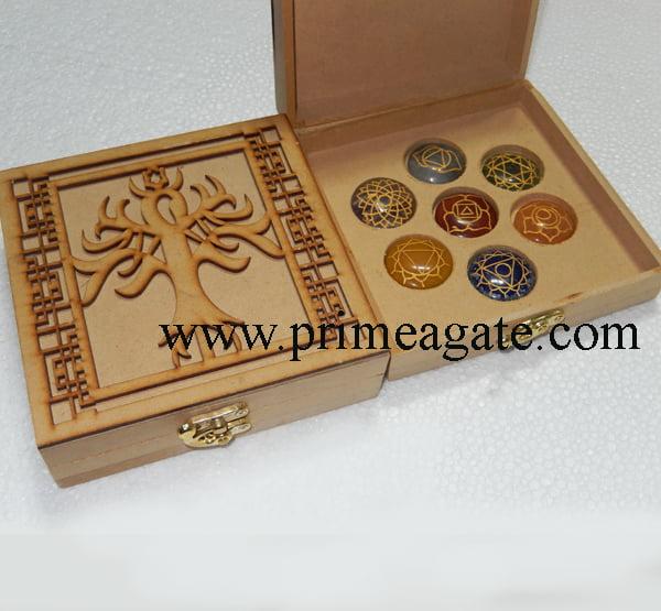 Chakra-Tree-Of-Life-Box-With-Chakra-Disc-Set