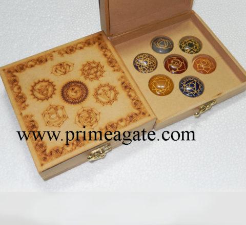 chakra-mandala-engraved-box-with-disc-set